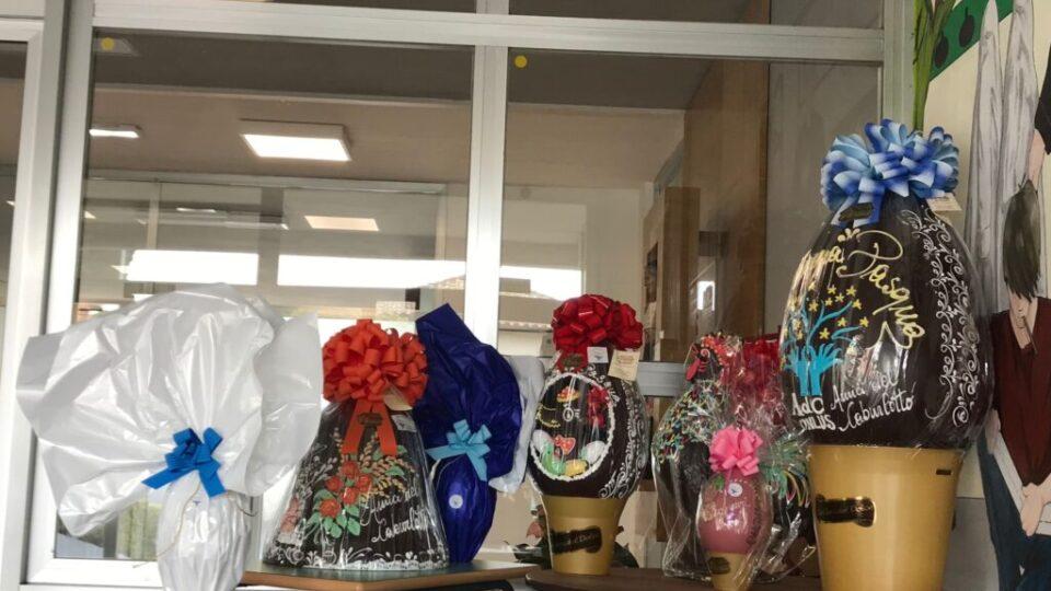 Uova-Pasqua-solidali-Amici-Caburlotto-Onlus
